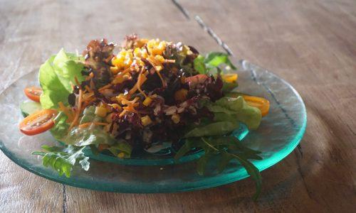 Unsere Salatteller immer frisch und knackig